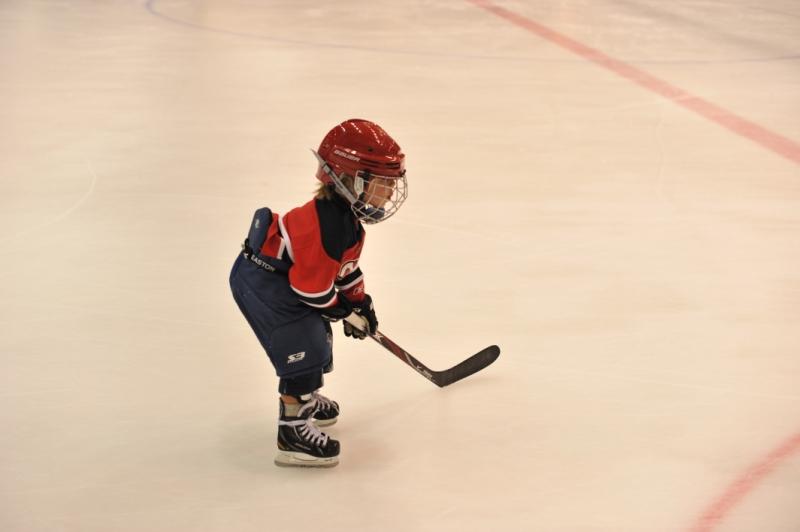 тренировки по хоккею длядетей со старними база